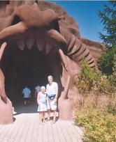 Marineland-Family-Fun-holiday-dragon