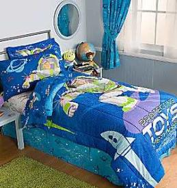 Action Hero Buzz Lightyear Comforter