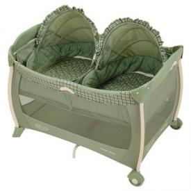 Graco Portable Playard With Twins Bassinet